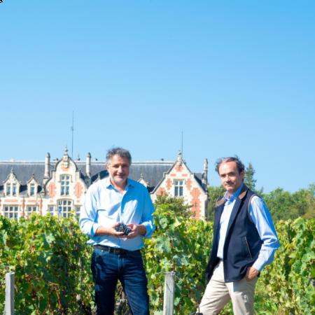 José Sanfins (winemaker) et Tristan Le Lous (propriétaire)