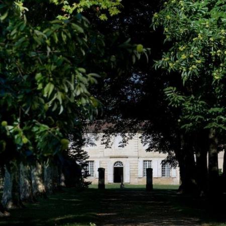 Le Château Brown