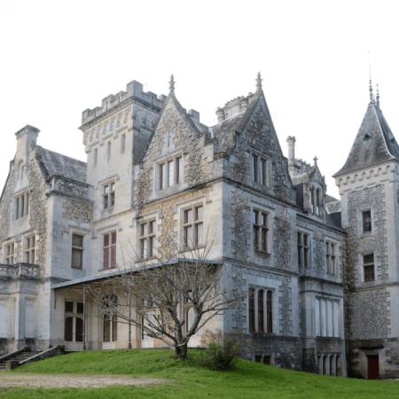 Le Château Lanessan